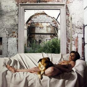G. Lo Presti, Figura, olio su tela, cm.160x130, 2010